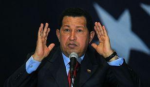 Chavez na Twitterze obiecuje studentom gratis