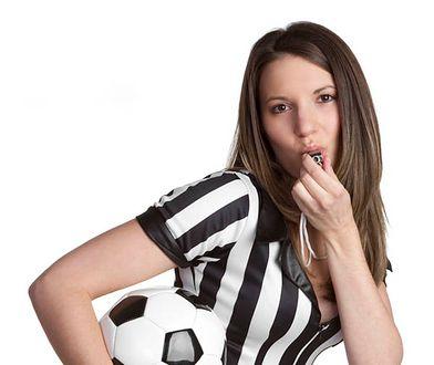 Spław żonę, ciesz się futbolem!