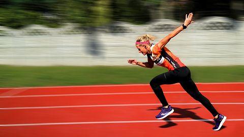Creative Outlier Active – nowe słuchawki dla sportowców za niecałe 130 złotych