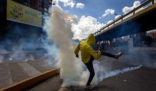 Wielka demonstracja w Caracas. Starcia z policją