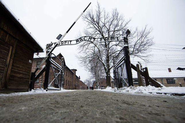 Włosi uwięzieni w Muzeum Auschwitz? Dyrektor muzeum: włamali się