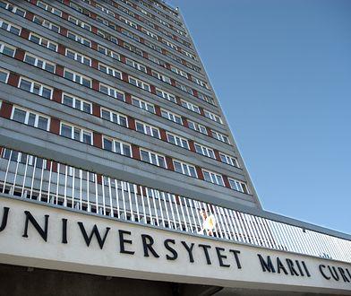 """Lublin. """"Masowe ściąganie studentów na egzaminie"""". Jest odpowiedź UMCS"""