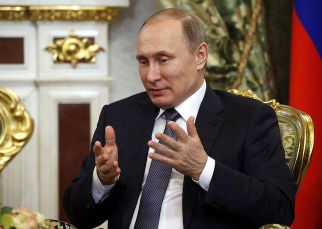 Polska bezradna wobec rosyjskich trolli. Reforma edukacji w tym nie pomaga
