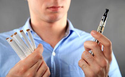 Dyrektywa tytoniowa dotknie również e-palaczy. Za palenie mogą dostać spory mandat