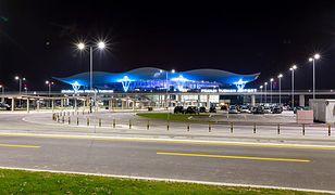 Budynek i parking lotniska w Zagrzebiu