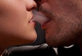 Jak palą i rzucają nałóg kobiety, a jak mężczyźni?