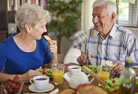Dieta po 50. roku życia – tych błędów nie popełniaj