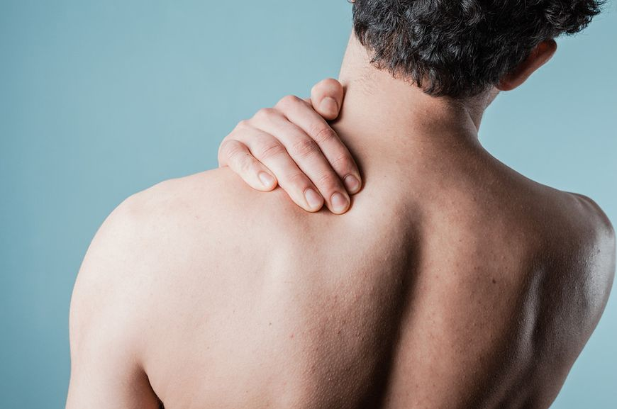 Ból głowy i sztywność karku