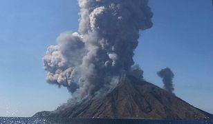 Wybuch wulkanu na włoskiej wyspie Stromboli. Mieszkańcy uciekali przed gradem kamieni