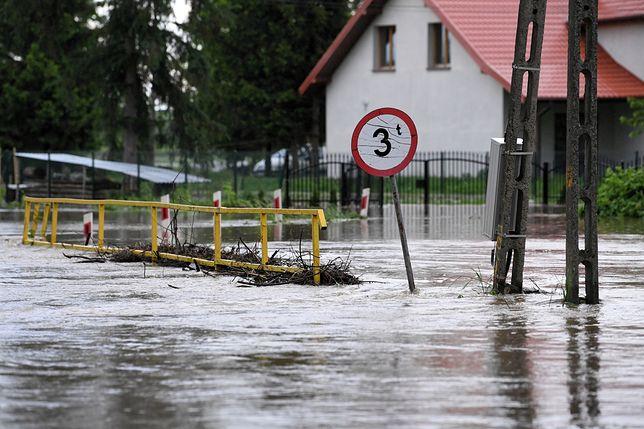 Podtopienia i alarm powodziowy