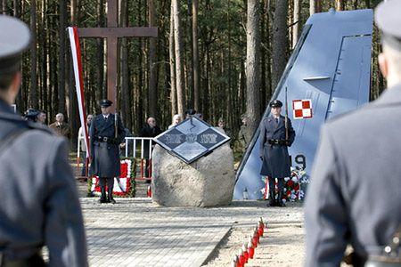 Piloci CASY i obsługa naziemna złamali procedury
