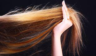 Stosując emolienty, humektanty i proteiny włosy będą odżywione i zdrowe