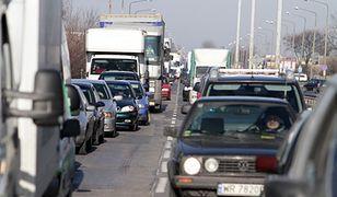 Płacenie za przejazd drogami w UE będzie prostsze. Rząd przyjął projekt noweli