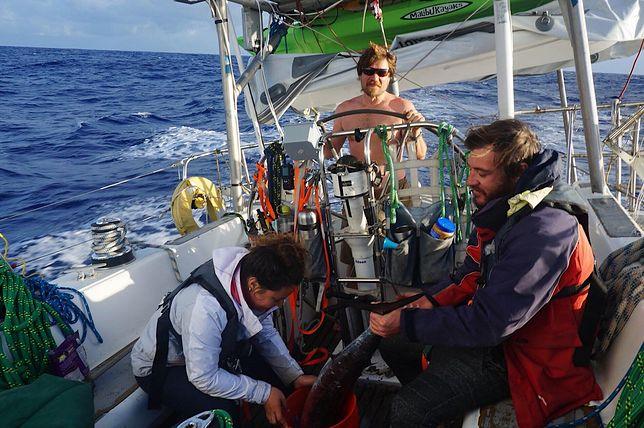W 1998 r. przepłynął wpław Atlantyk. Teraz zabiera się za Pacyfik