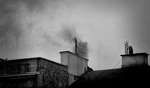 Smog. Dym z komina widać z daleka. Nie widzą go jednak strażnicy miejscy [LIST]