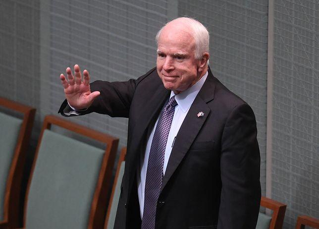 Nie żyje senator John McCain