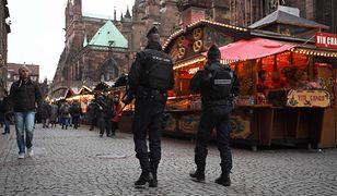 Na ulicach Strasburga, szczególnie w okolicach jarmarku bożonarodzeniowego, wciąż widać zwiększoną obecność żandarmerii i policji