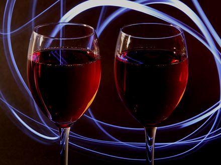 Czerwone wino zmniejsza ryzyko raka piersi