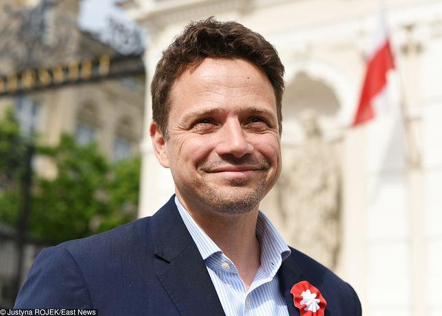 Rafał Trzaskowski przyznaje, że pomaga potrzebującym