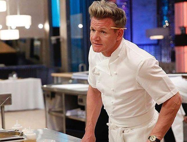 Gordon Ramsay dostał stek na... dachówce. Klasycznej reakcji można było się spodziewać