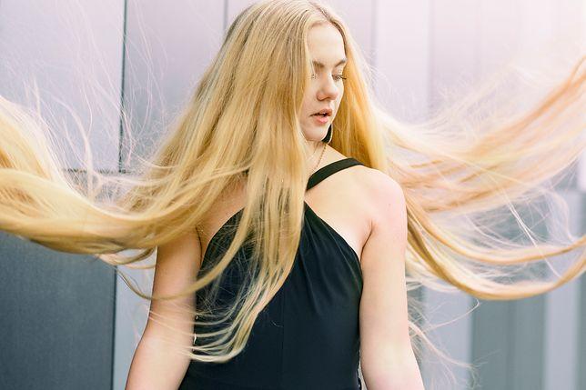 Hairshaming to coraz bardziej powszechne zjawisko
