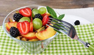 Dieta owocowa to sposób na oczyszczenie organizmu z toksyn.