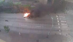 Lamborghini stanęło w ogniu. Nikt nie zatrzymał się, aby pomóc
