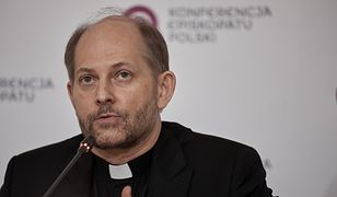 COVID-19. Arcybiskup Stanisław Gądecki zakażony. Rzecznik episkopatu ks. Leszek Gęsiak komentuje