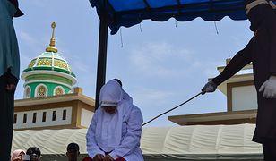Publiczne chłostanie w Indonezji