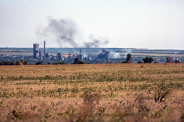 Rosyjskie czołgi atakują lotnisko w Ługańsku