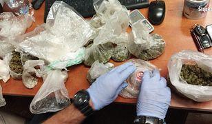 Śląskie. Policjanci z  Rudy Śląskiej i Częstochowy przejęli spore ilości narkotyków.