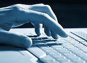 Laptop z dostępem do internetu dla zagrożonych wykluczeniem społecznym
