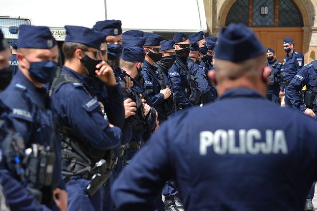 Drogi i tajny. Komenda Główna Policji nie chce ujawnić kluczowego raportu