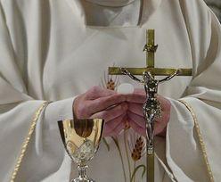 Ksiądz nie miał litości. Narzucił parafianom kwoty za kolędę