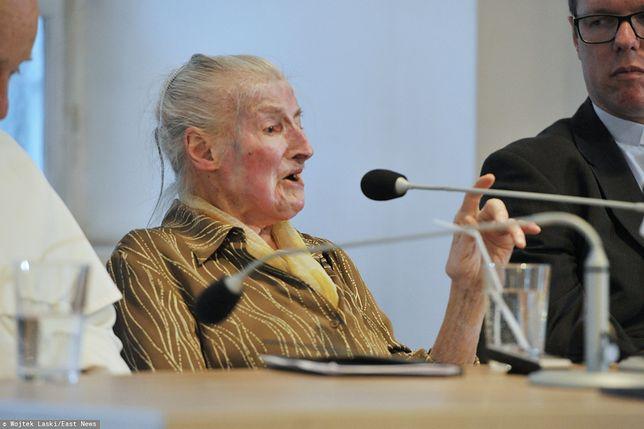 Dr Wanda Półtawska na spotkaniu promującym jej książkę