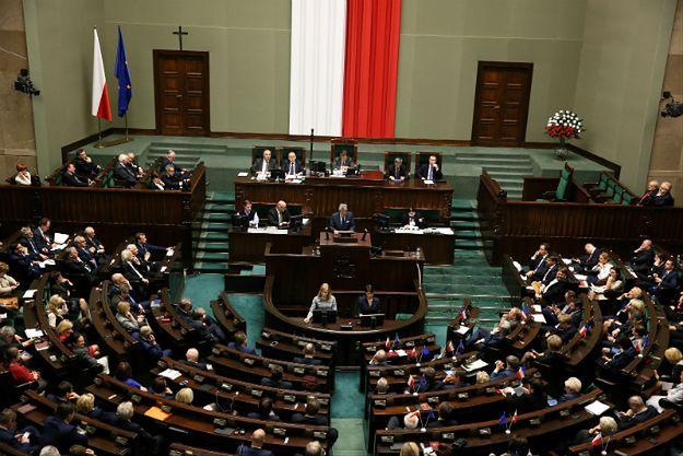 Dziennikarze narzekają na uniemożliwianie im pracy w Sejmie