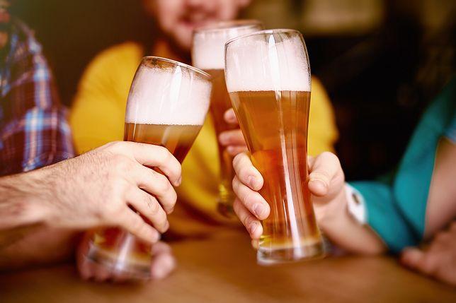 Piwo w pubie - zdjęcie poglądowe