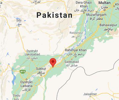 Zderzenie dwóch pociągów ekspresowych w Pakistanie. Wiele ofiar śmiertelnych