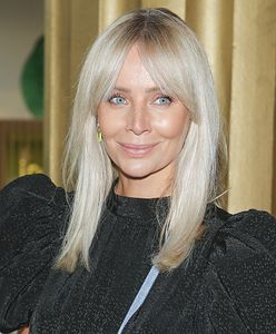 Agnieszka Woźniak-Starak założyła sukienkę z czarną różą. To symboliczny gest