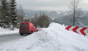 Policja szuka poszkodowanego narciarza