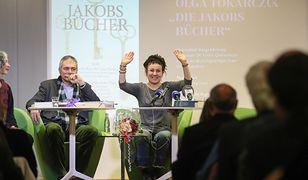 Olga Tokarczuk z literacką Nagrodą Nobla. Warszawa uhonorowała noblistkę w niecodzienny sposób