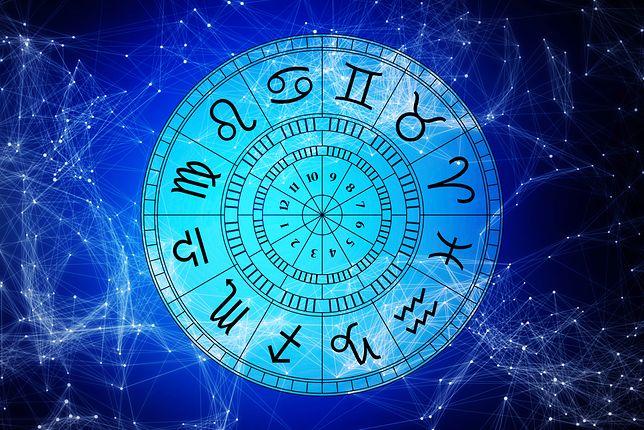 Horoskop dzienny na niedzielę 25 listopada