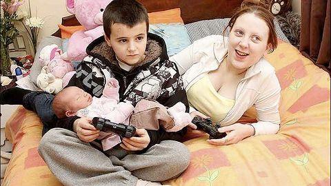 Czy 13-letni rodzic może grać w grę od 18 lat?