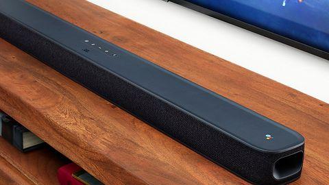 Soundbar JBL z Androidem TV w pierwszych sklepach. Od zapowiedzi minął ponad rok