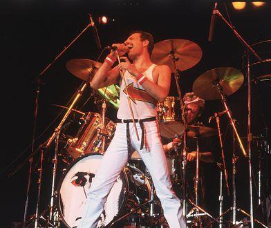 Film przedstawiający losy Freddiego Mercury'ego zwiększył popularność piosenki