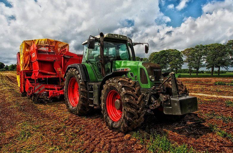 Rolnicy nie spieszą się z wnioskami o dopłaty. Do kiedy mają czas?