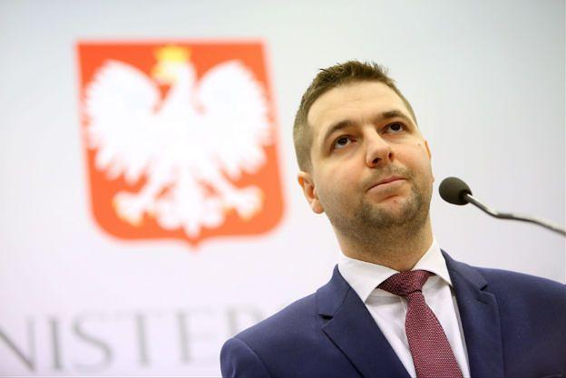 """Patryk Jaki: sędzia Rzepliński, PO, Nowoczesna marzą, by wróciły czasy """"Sowy"""""""