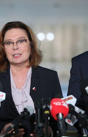 Koronawirus w Polsce. Politycy opozycji nie chcą wyborów prezydenckich 10 maja