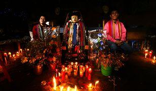 Gwatemala. Szamani na sprzedaż
