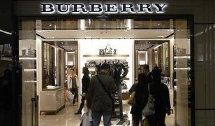 Po spadkach funta turyści szturmują sklepy w Wielkiej Brytanii. Na liście zakupów wyroby luksusowe